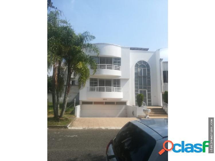 Se Vende Casa en el Ingenio (j,s)