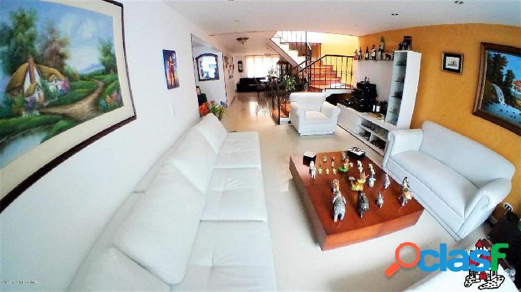 Casa EN VENTA Cedritos EA 20-715