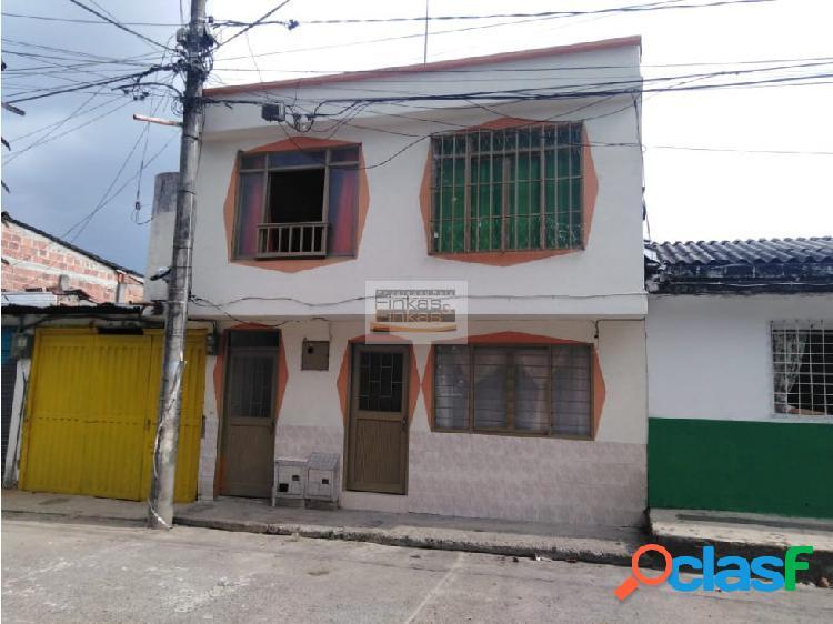 Se vende casa Centro Montenegro Quindío