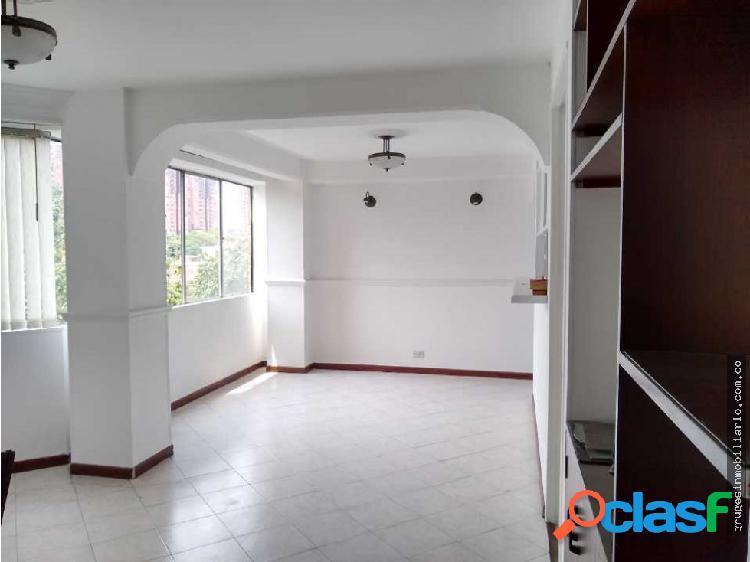 Venta de apartamento en Calasanz parte baja