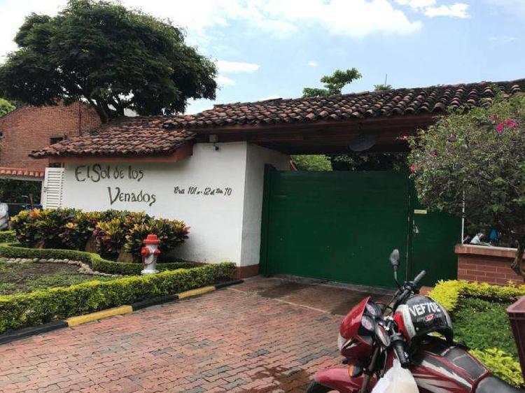 Casa En Venta En Cali Ciudad Jardin CodVBBNC_91850