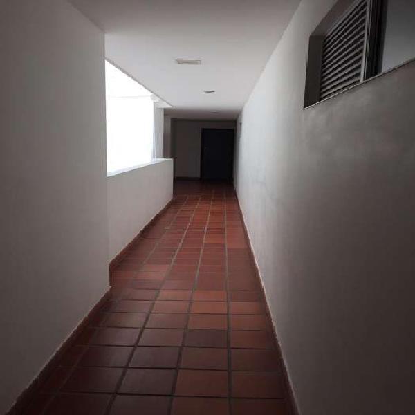 Venta de Apartamento en el Alto Bosque _ wasi1196539