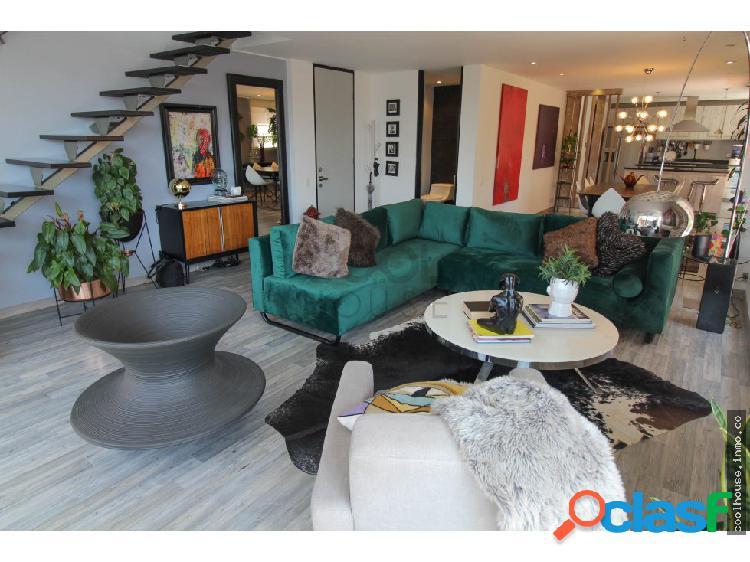 Apartamento duplex en venta en Chicó Reservado