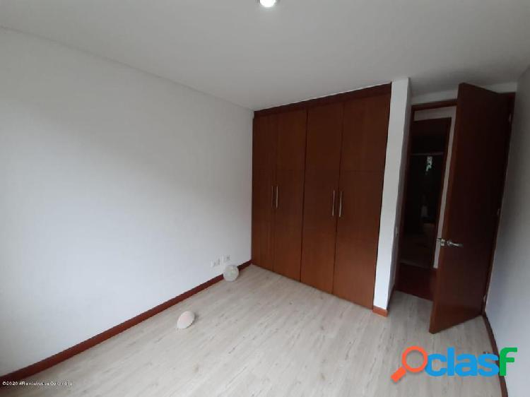 Apartamento en Arriendo Bogota COD LR:20-1022