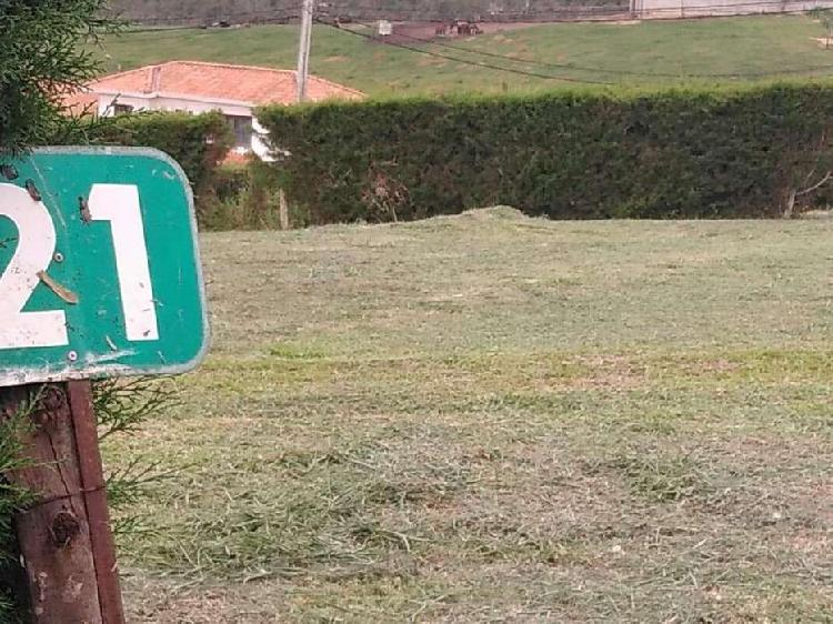 SE PERMUTA PARCELA DE 800 m2 EN LA MESA DE LOS SANTOS
