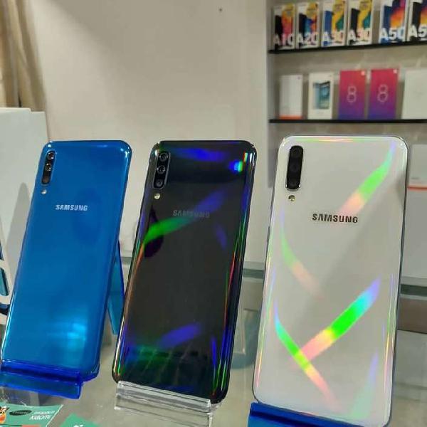 Samsung A50 128GB / 6GB RAM Nuevos Sellados GarantÍa Somos