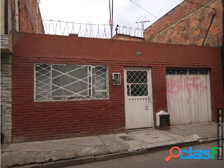 VENTA DE CASA LOTE EN BOGOTÁ, BOSA LAURELES