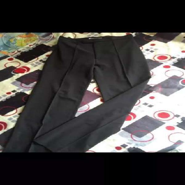 Vendo pantalon negro formal talla 8-10