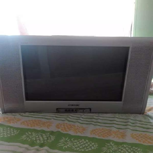 Se vende TV SONY WEGA 2da