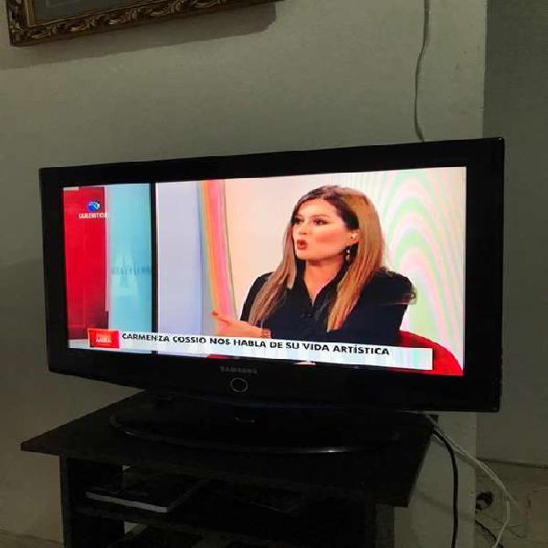 VENDO TV LCD SAMSUNG SE 32 EN PERFECTO ESTADO