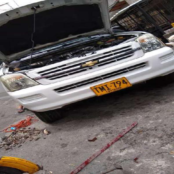 Chevrolet Dimax 4*2 modelo 2006 turbo diesel vencambio