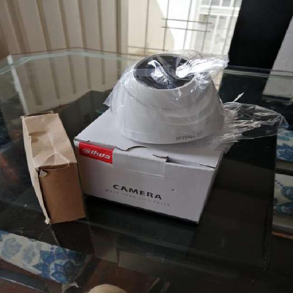 Cámara dahua nueva en su caja tipo domo