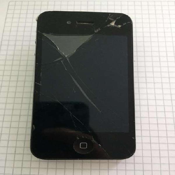 IPhone 4s para cambio de bateria, aun conserva la bateria