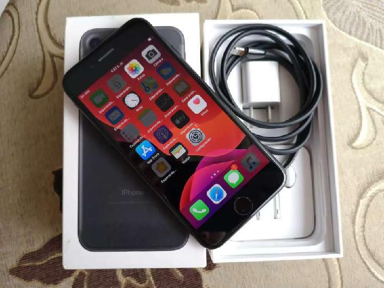 Oferta como nuevo iPhone 7 de 32gb en caja con accesorios