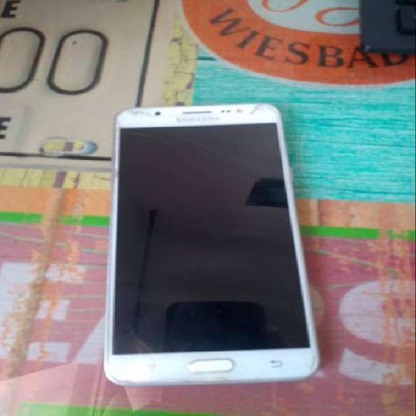 Samsung Galaxy J 7 Metal - Blanco + Micro SD 8 GB