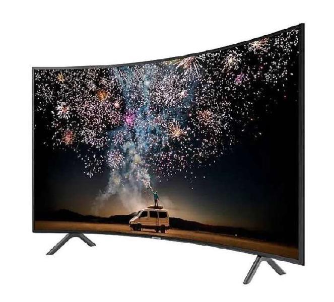 """Televisor 49"""" Samsung 49RU7300 Curvo 4k Smart Tv 2019"""