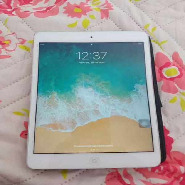 Vendo iPad mini 2 de 16gb wifi