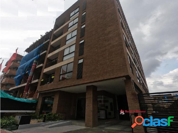 Apartamento en San Patricio RAH CO: 20-374