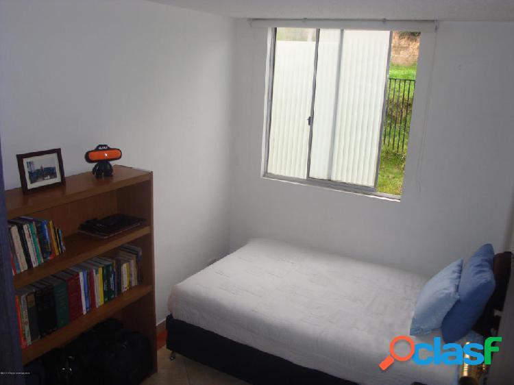 Apartamento en Venta Bogota EA Cod 20-310