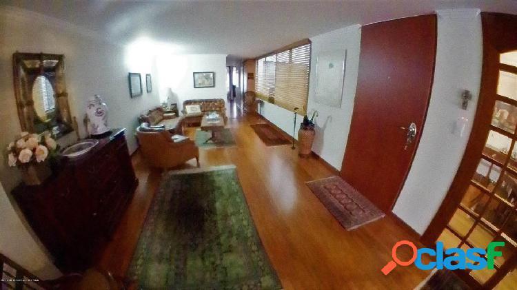 Apartamento en Venta Bogota EA Cod 20-671