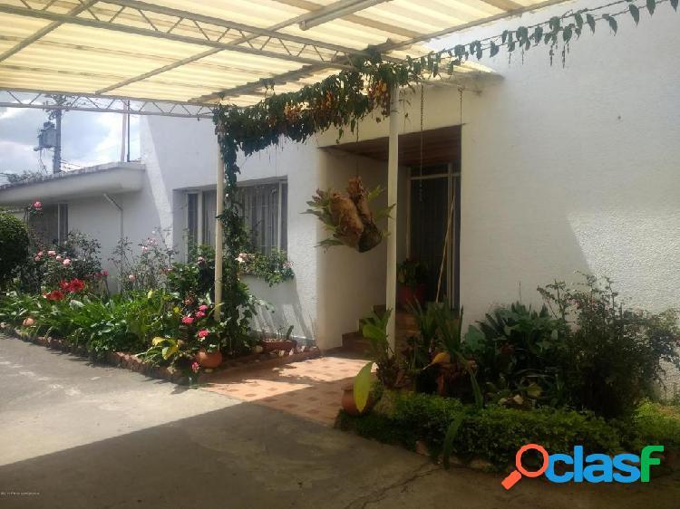 Casa en Arriendo San Jose De Bavaria EA Cod:20-872