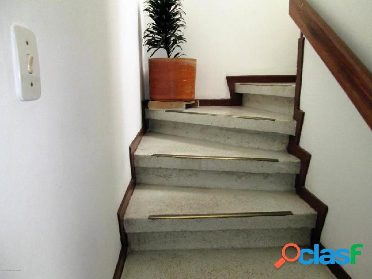 Casa en Venta Castilla(Bogota) EA Cod 20-1006