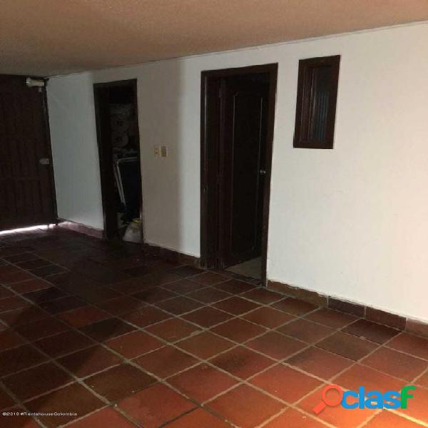 Casa en Venta Santa Barbara Central EA Cod:20-919