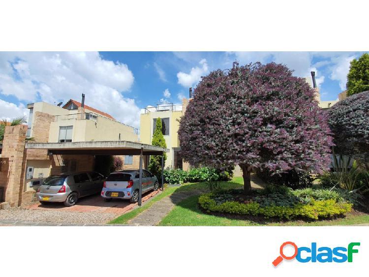 Casa en Vivenza(Chia) RAH CO: 20-353