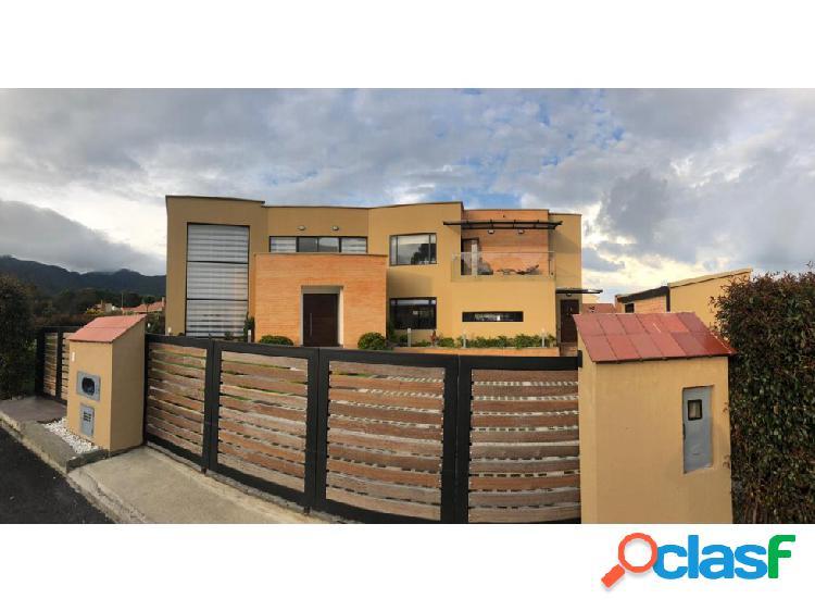Casa en venta en Cota, conjunto cerrado Parcelas