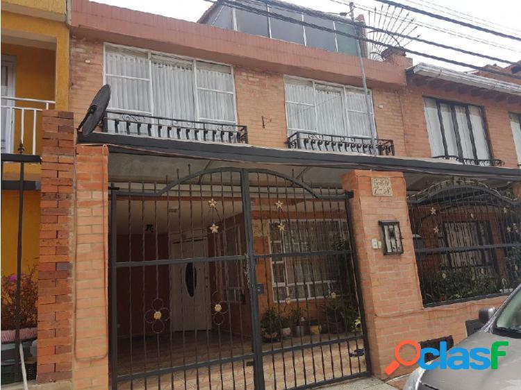 Casa en venta en Cota sector urbano
