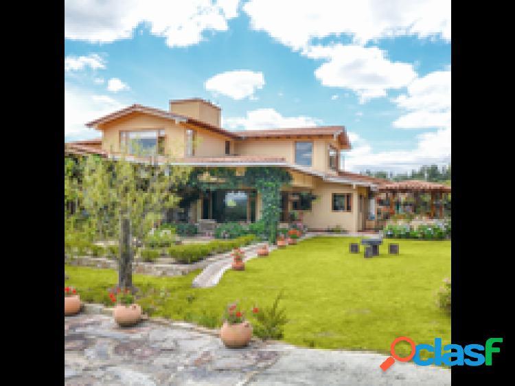 Casa para venta o arriendo en Paipa