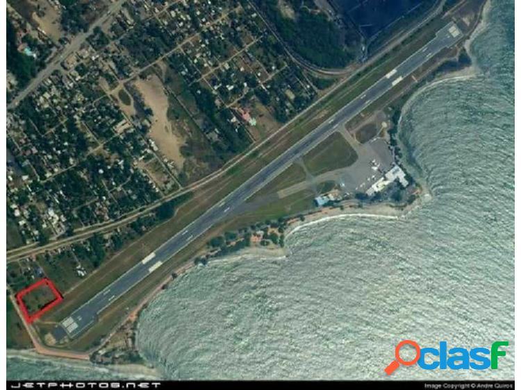 Lote en Aeropuerto Santa Marta (PARA HANGAR)