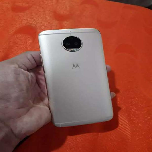 Vendo cambio celular Motorola Moto g5s plus