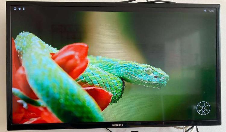 Vendo televisor samsung de 32 pulgadas con accesorio para