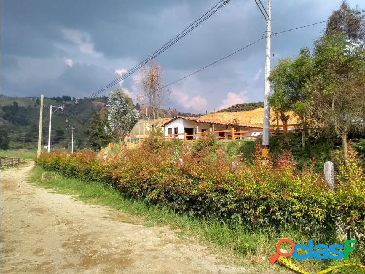 CASA CON LOTE EN SAN PEDRO. OPORTUNIDAD