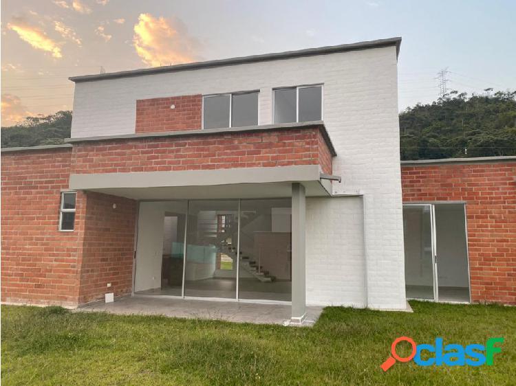 Se vende casa al sur de Cali. Colombia(jamundi)
