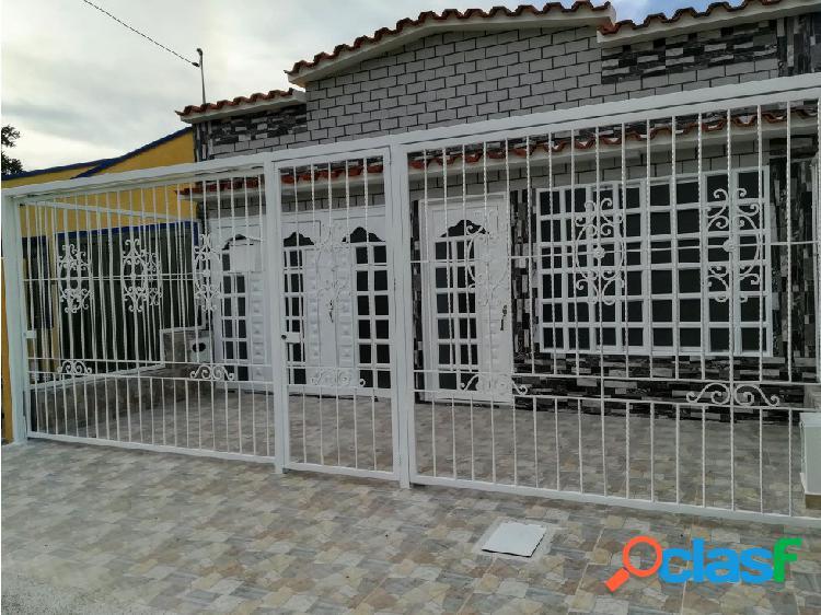 Se vende casa para estrenar en Palmira