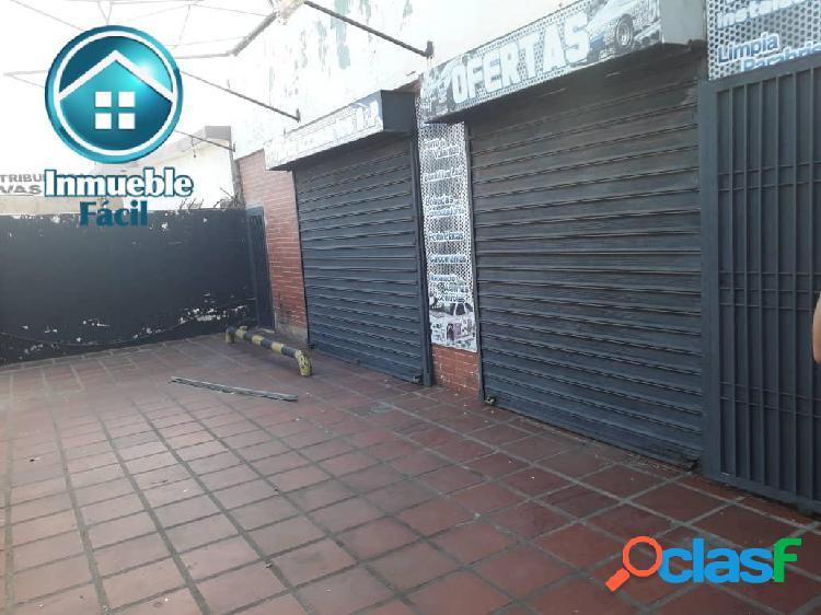 Excelente Local Comercial con Depósito y Área de Descarga