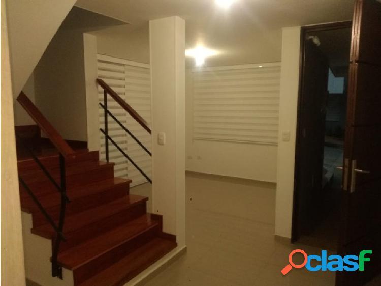 Se vende Casa Av Centenario Armenia