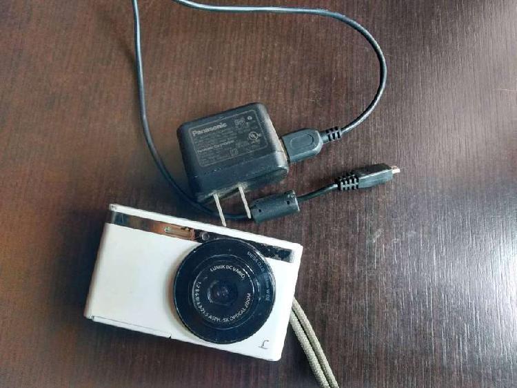 Cámara Panasonic DMC-XS1 - Para Repuestos
