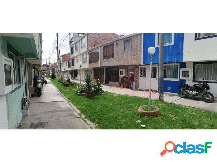 Casa en venta en Bogotá, en Villa De Los Sauces