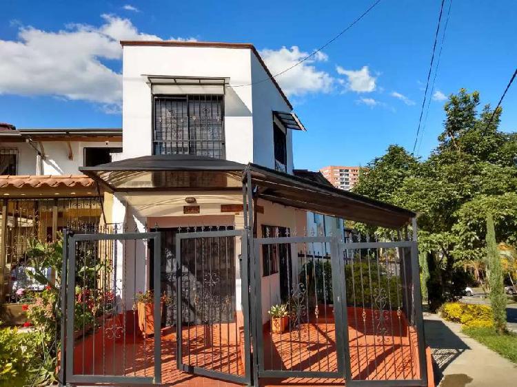 Apartaestudio/local comercial en la estrella Antioquia