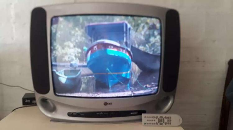 "Barato televisor LG de 21"" con control full estado"