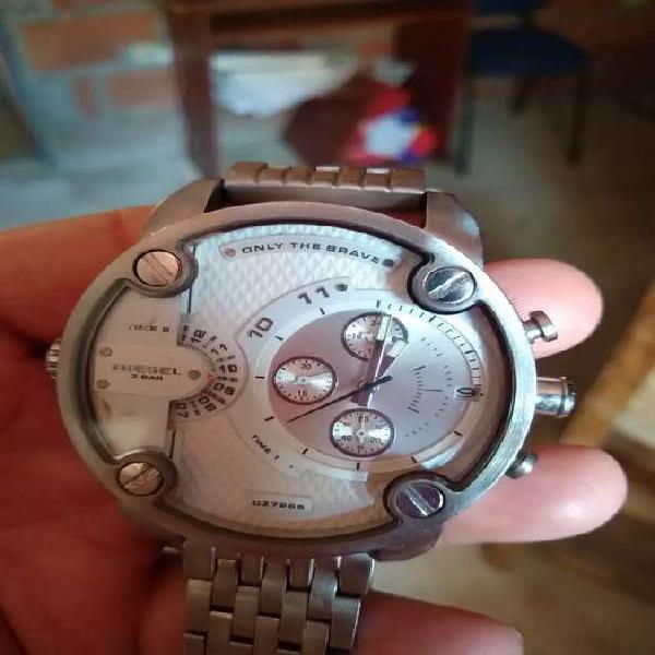 Vencambio reloj diésel little daddy en acero original info