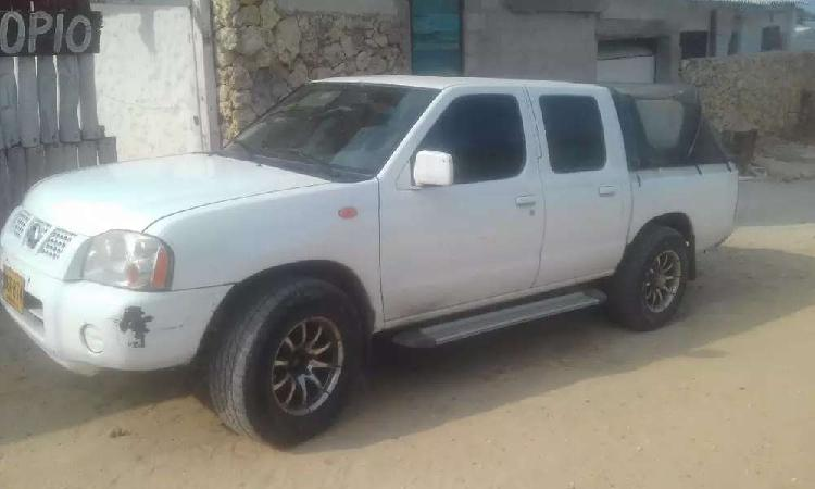 Vendo Nissan Frontier 2012