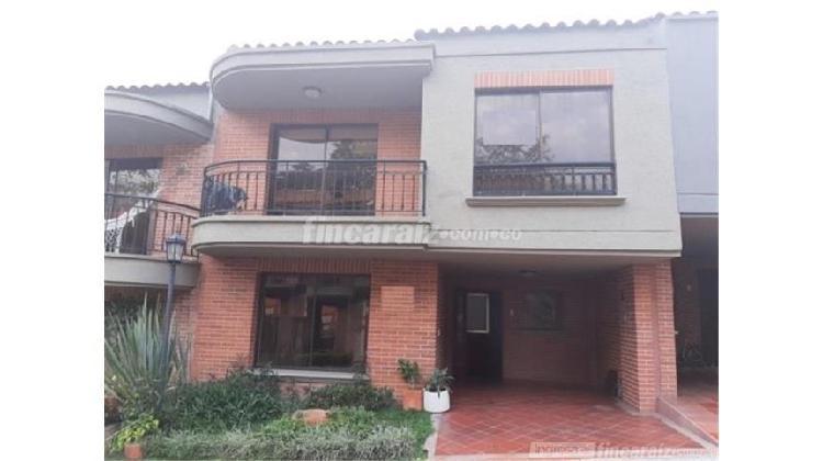 Casa en Venta Ibagué Conjunto cerrado Calambeo