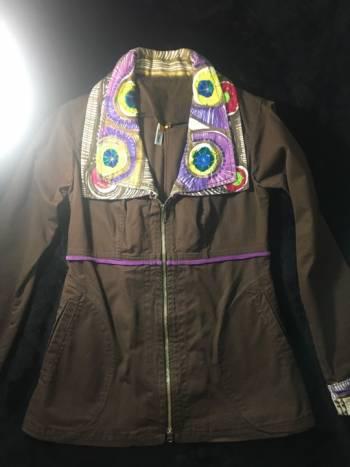 Linda chaqueta combinaciòn colores