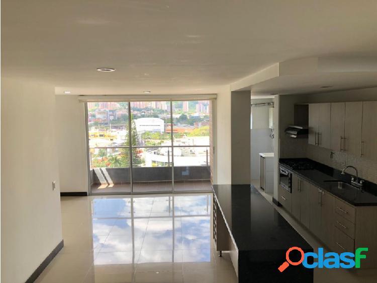 Se arrienda apartamento en Envigado Zúñiga