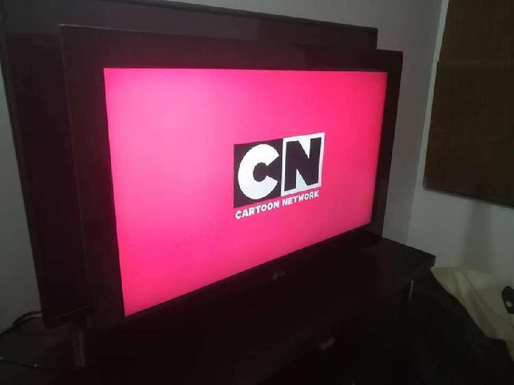 TV LCD LG 32 pulg. TELEVISOR EXCELENTE IMAGEN
