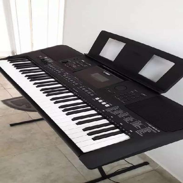 Vendo teclado yamaha psr e 463 casi nuevo